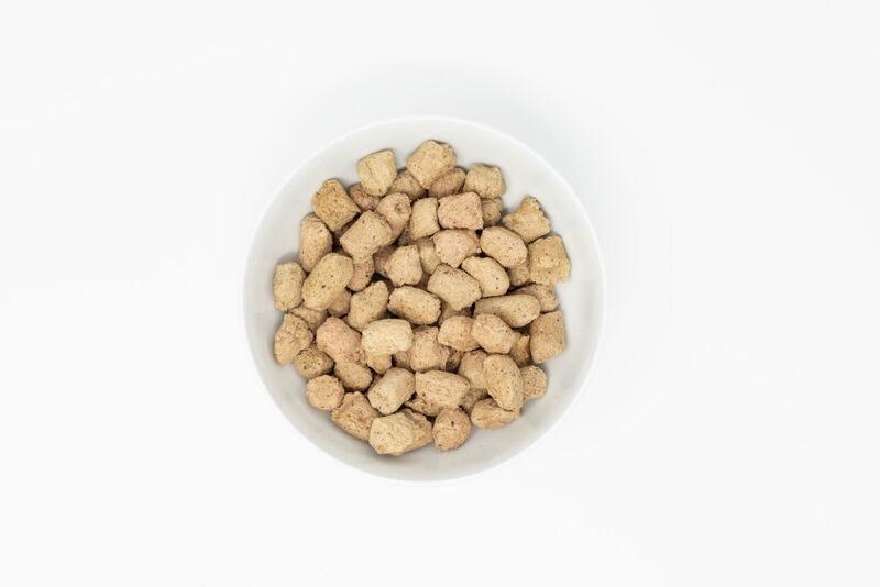Stella  Chewy's Tummy Ticklin' Turkey Dinner Grain-Free Freeze-Dried Cat Food, 8-oz